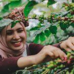 Oya Presenter TVRI Banda Aceh ikut meriahkan Festival Panen Kopi Gayo 2018. (Foto Breedie/Fauzan My)